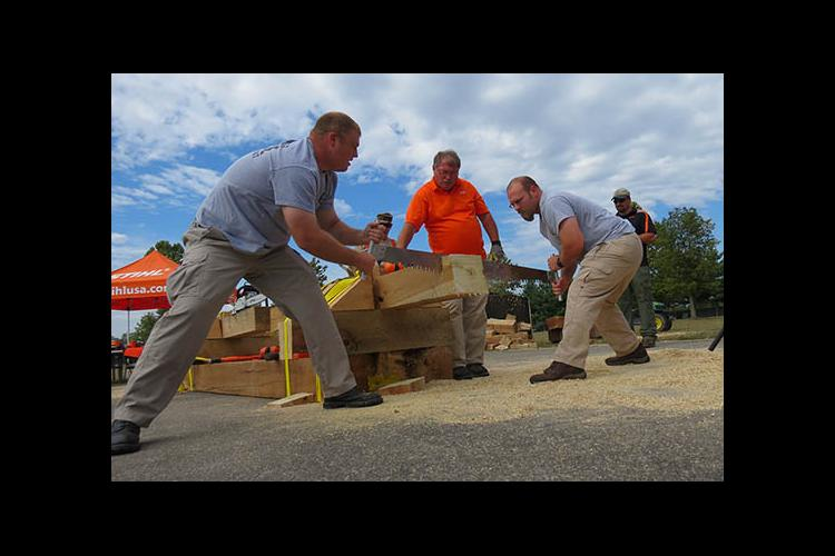 The Police/Fire Competition of the 2015 Kentucky Wood Expo