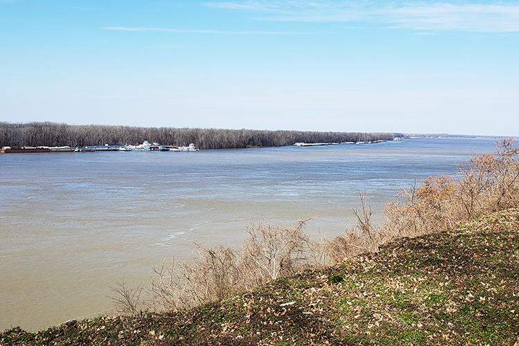 The Mississippi River is an important agricultural and economic driver in the four river counties. Photo by Katie Pratt, UK agricultural communications.