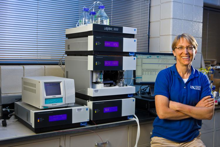 Nokes in her research laboratory.