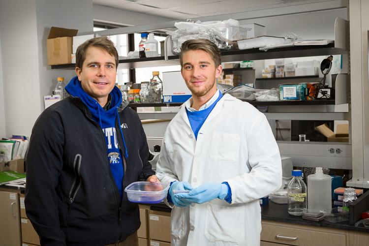 Seth DeBolt, left, is research mentor to Ellis Shelley