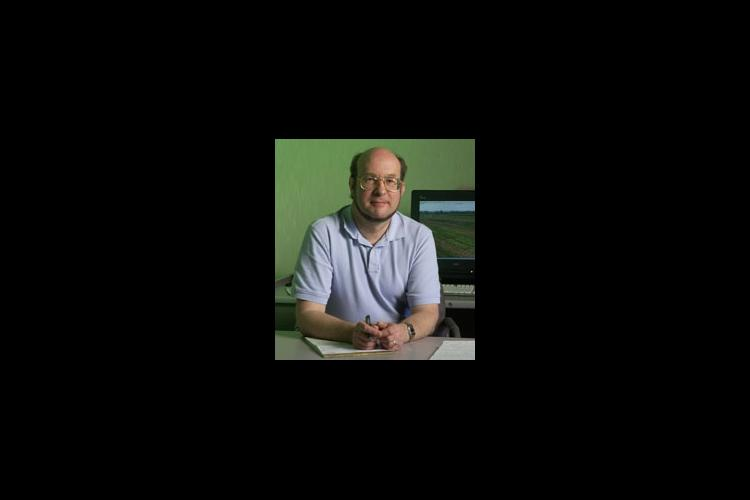 Dr. Maelor Davies