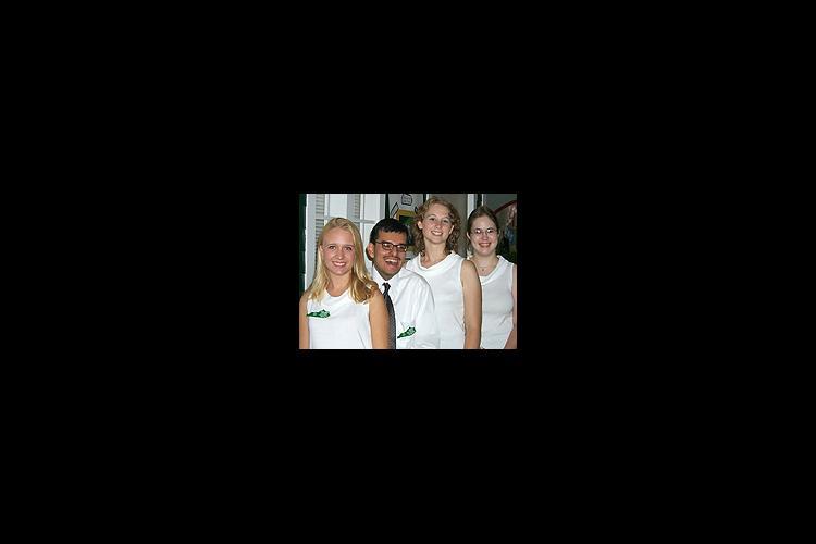 Left to right: Shon Marie Simpson, Miguel Carlin, Julie Dodson, Christina Brady. (Photo by Travis Scott, 4-H Junior Press Corps)